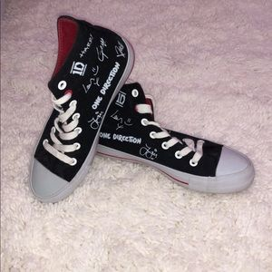 One Direction Signature Print High Top Shoes